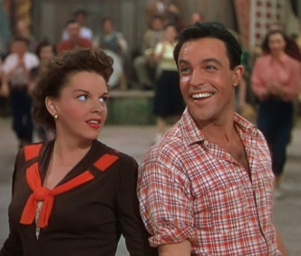Gene-Kelly-and-Judy-Garland-in-Summer-Stock-1950-judy-garland-and-gene-kelly-34582270-500-426